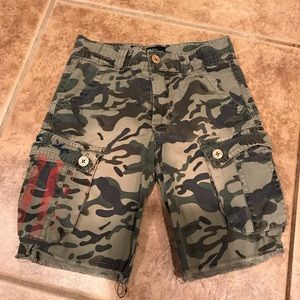 Boys Lucky Brand camouflage shorts size 4